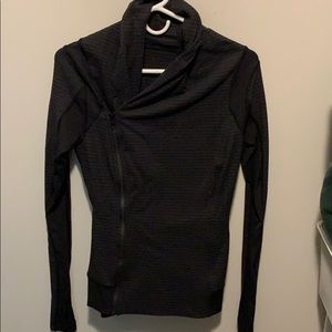 Size 6 Lululemon Zip Up